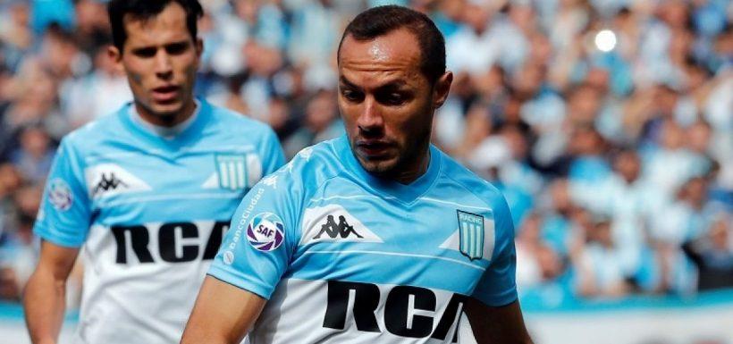 """[VIDEO] ¡Los tiene vueltos locos! El """"Chilenooooo, chilenooooo"""" volvió a Argentina gracias a Marcelo Díaz"""