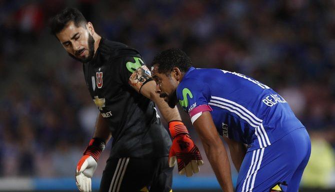 """¡Terror en la """"U""""! Referente azul se lesionó en entrenamiento de 'La Roja'"""